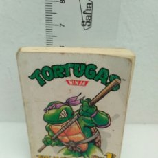 Figuras y Muñecos Tortugas Ninja: MINI LIBRO NÚMERO 1 TORTUGAS NINJA TRAS LA PISTA DE SHREDDER. Lote 186146110