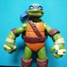 Figuras y Muñecos Tortugas Ninja: TORTUGA NINJA MUÑECO ARTICULADO LEONARDO VIACO. 2012. Lote 193454480