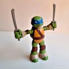 Figuras y Muñecos Tortugas Ninja: TORTUGA NINJA GRANDE CON SONIDOS O HABLA - 22.CM ALTO. Lote 194340642