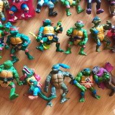Figuras y Muñecos Tortugas Ninja: LOTE TORTUGAS NINJA MÁS VEHICULOS AÑOS 80. Lote 195161531