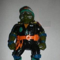 Figuras y Muñecos Tortugas Ninja: FIGURA VINTAGE TORTUGAS NINJA - LEONARDO POLICIA-. Lote 195392818
