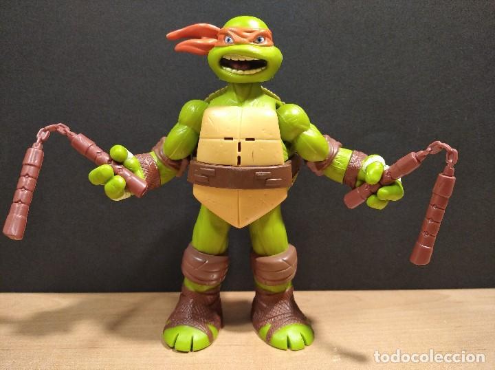 FIGURA TORTUGA NINJA MICHELANGELO CON SONIDO-15CM APROX.-VIACOM-2012-VER FOTOS-V1 (Juguetes - Figuras de Acción - Tortugas Ninja)