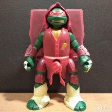Figuras y Muñecos Tortugas Ninja: FIGURA TORTUGAS NINJAS RAFAEL THROW N BATTLE-15CM APROX.-VIACOM-2013-VER FOTOS-V1. Lote 200039851