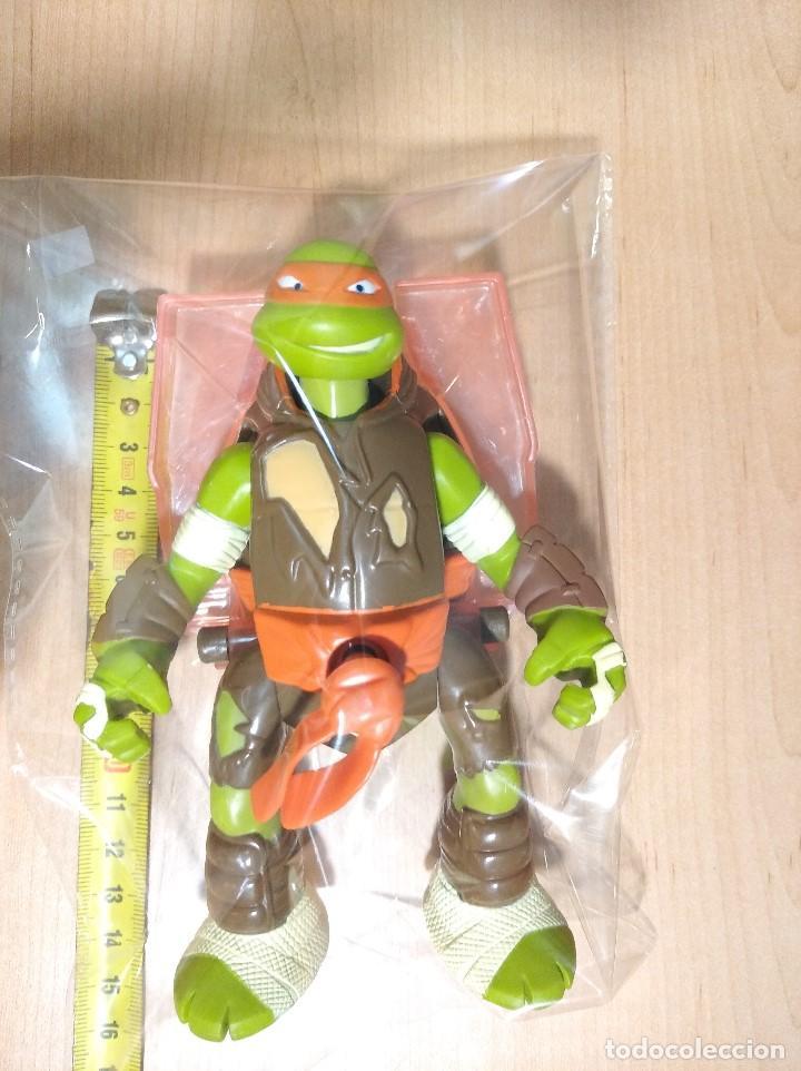 Figuras y Muñecos Tortugas Ninja: FIGURA TORTUGAS NINJAS MICHELANGELO THROW N BATTLE-15cm aprox.-VIACOM-2013-VER FOTOS-V1 - Foto 8 - 200040191