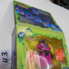 Figuras y Muñecos Tortugas Ninja: CAJA TORTUGA NINJA CON RATA MUTANTE TRASFORMERS EN VEHICULO NUEVA SIN USAR - SPLINTER. Lote 203624151