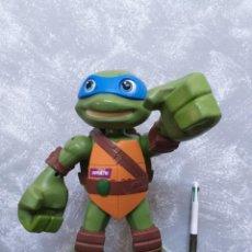 Figuras y Muñecos Tortugas Ninja: FIGURA DE ACCION GRAN TAMAÑO TORTUGAS NINJA LEONARDO CON MOVIMIENTO Y SONIDO FUNCIONANDO. Lote 203815817