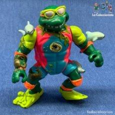 Figuras e Bonecos Tartarugas Ninja: TORTUGAS NINJAS - MICHELANGELO - MIGUEL ÁNGEL - MIKE THE SEWER SURFER - AÑO 1990 - PLAYMATES. Lote 204070290