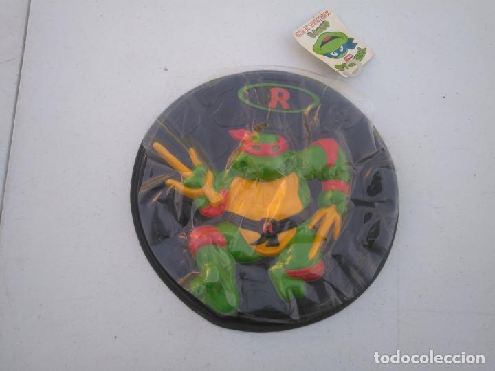 PIZZA DISCO - TORTUJAS NINJA - RAPHAEL - DEVORADORES DE PIZZAS - MB AÑO 1990 - A ESTRENAR. (Juguetes - Figuras de Acción - Tortugas Ninja)