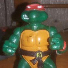 Figuras y Muñecos Tortugas Ninja: FIGURA DE ACCIÓN TORTUGA NINJA BANDAI MICHELANGELO AÑOS 90. Lote 207316565