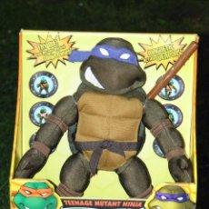 Figuras y Muñecos Tortugas Ninja: MUÑECO TORTUGAS NINJA DONATELLO DE 32 CM NUEVO EN CAJA, MARCA PLAYMATES. Lote 211657776