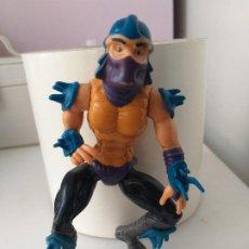 Figuras y Muñecos Tortugas Ninja: FIGURA DE ACCION SERIE TORTUGAS NINJA SHREDDER VINTAGE AÑOS 90. Lote 213323377