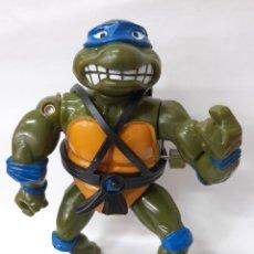 Figuras y Muñecos Tortugas Ninja: LEONARDO TORTUGAS NINJA BRAZO GIRATORIO MIRAGE ESTUDIOS AÑO 1990. Lote 216359341