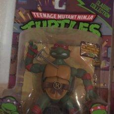 Figuras y Muñecos Tortugas Ninja: TORTUGA NINJA RAPHAEL PRECINTADA TORTUGAS NINJA FIGURA. Lote 217010021