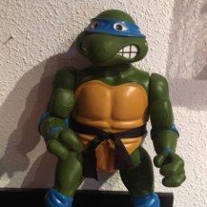 Figuras y Muñecos Tortugas Ninja: TORTUGA NINJA FIGURA 40 CM APROX. RETRO VINTAGE TORTUGAS NINJA. Lote 217022926