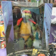 Figuras y Muñecos Tortugas Ninja: FIGURA RAPHAEL 42CM PELICULA 1990 NECA TORTUGAS NINJA. Lote 221808841