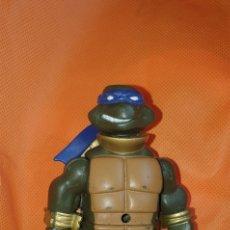 Figuras y Muñecos Tortugas Ninja: FIGURA TORTUGA NINJA ARTICULADA TORTUGAS NINJA 2012. Lote 227561315