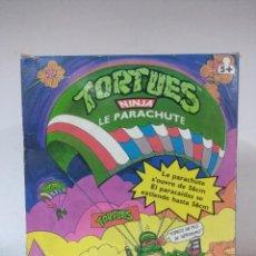 Figuras y Muñecos Tortugas Ninja: PARACAIDAS TORTUGAS NINJA EN CAJA PLAYMATES AÑOS 80.. Lote 230238860