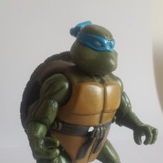 Figuras y Muñecos Tortugas Ninja: TORTUGA NINJA TRANSFORMABLE LEONARDO. PLAYMATICS TOYS. Lote 247710620