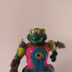 Figuras y Muñecos Tortugas Ninja: TORTUGAS NINJA MICHELANGELO COMPLETO - MIKE THE SEWER SURFER - PLAYMATES 1990 - TMNT - SURFISTA. Lote 254816570