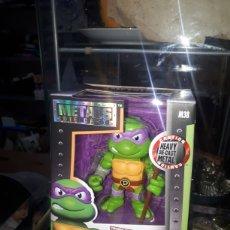 Figuras y Muñecos Tortugas Ninja: DONATELLO METALS DIE CAST M38 TEENAGE MUTANT NINJA TURTLES NUEVO. Lote 257614770