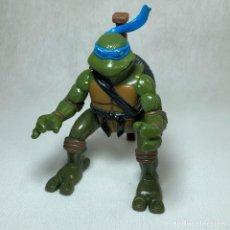 Figuras y Muñecos Tortugas Ninja: TORTUGAS NINJAS - LEO - LEONARDO - FIGURA - MIRAGE STUDIOS - PLAYMATES TOYS - AÑO 2004 + ARMA. Lote 262446285