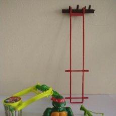 Figuras y Muñecos Tortugas Ninja: TORTUGAS NINJA RETROCATAPULTA SEWER RAPHAEL ARMA RAT KING PLAYMATES 1988 TMNT. Lote 267206384