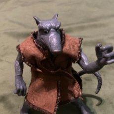 Figuras y Muñecos Tortugas Ninja: ANTIGUA FIGURA TORTUGAS NINJA SEÑOR ARDILLA SPLINTER PLAYMATES 2002. Lote 267672604