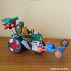 Figuras y Muñecos Tortugas Ninja: VEHICULO TORTUGAS NINJA SEWER DRAGSTER + FIGURA. MIRAGE PLAYMATES TOYS 1990. Lote 269339313