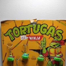 Figuras e Bonecos Tartarugas Ninja: EXPOSITOR STAR TOYS - 13 LLAVEROS TORTUGAS NINJA - AÑOS 80. Lote 269349848