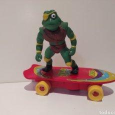 Figuras y Muñecos Tortugas Ninja: DIFÍCIL PATINADOR ANTIGUO TORTUGAS NINJA FUNCIONA. Lote 271730368
