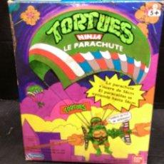 Figuras y Muñecos Tortugas Ninja: PARACAIDAS TORTUGAS NINJA DE BANDAI 1998. Lote 278973288