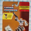 Figuras y Muñecos Transformers: TRANSFORMERS AUTOBOT PROTECTOBOT STREETWISE . Lote 26521946