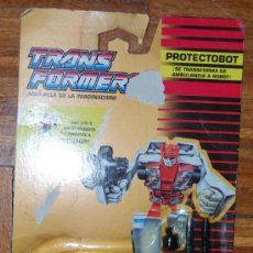 Figuras y Muñecos Transformers: TRANSFORMERS AUTOBOT PROTECTOBOT FIRST AID. Lote 27057695