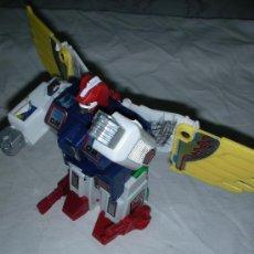 Figuras y Muñecos Transformers: ANTIGUA FIGURA TRANSFORMERS CON ALAS. Lote 27356600