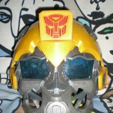 Figuras y Muñecos Transformers: MÁSCARA BUMBLEBEE CON VOZ SEGUNDA ENTREGA EN CINES DE TRANSFORMERS FUNCIONANDO. Lote 35464646
