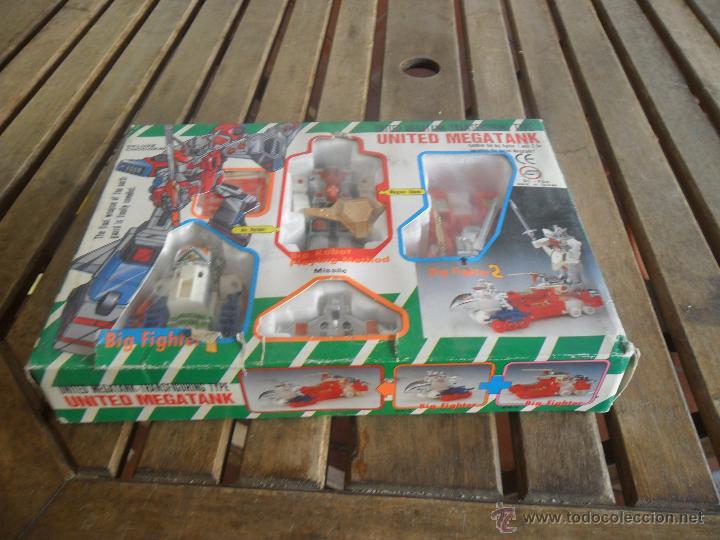 ROBOT Y NAVES TRANSFORMERS EN SU CAJA DE LUXE CHOGOKIN UNITED MEGATANK (Juguetes - Figuras de Acción - Transformers)
