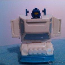 Figuras y Muñecos Transformers: AUTENTICO TRANSFORMER HASBRO TAKARA COCHE. Lote 42748345