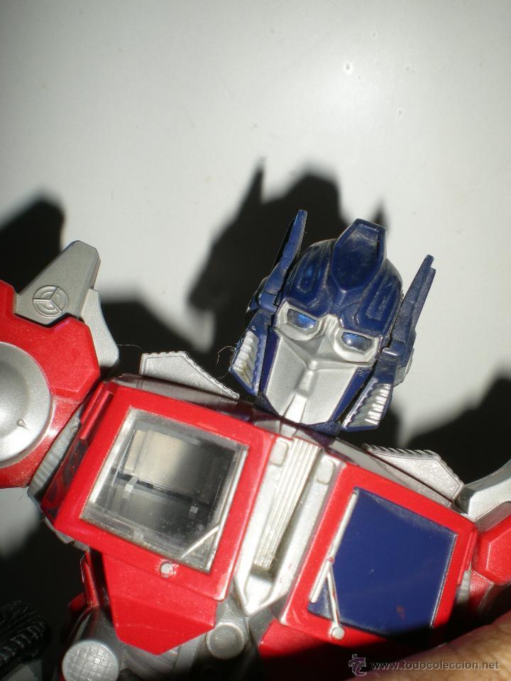 Figuras y Muñecos Transformers: TRANSFORMERS HASBRO LEADER OPTIMUS AUTOBOT DECEPTICON multitud de detalles sonidos luces 30 cm - Foto 3 - 44320687
