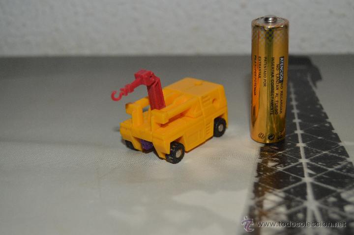 PEQUEÑO ROBOT ROBOTS TRANSFORMERS GRUA (Juguetes - Figuras de Acción - Transformers)