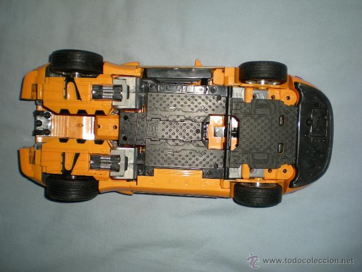 Figuras y Muñecos Transformers: coche grande BUMBLEBEE DE TRANSFORMERS PARA REPARAR O PIEZAS MIRA FOTOS - Foto 4 - 51460523
