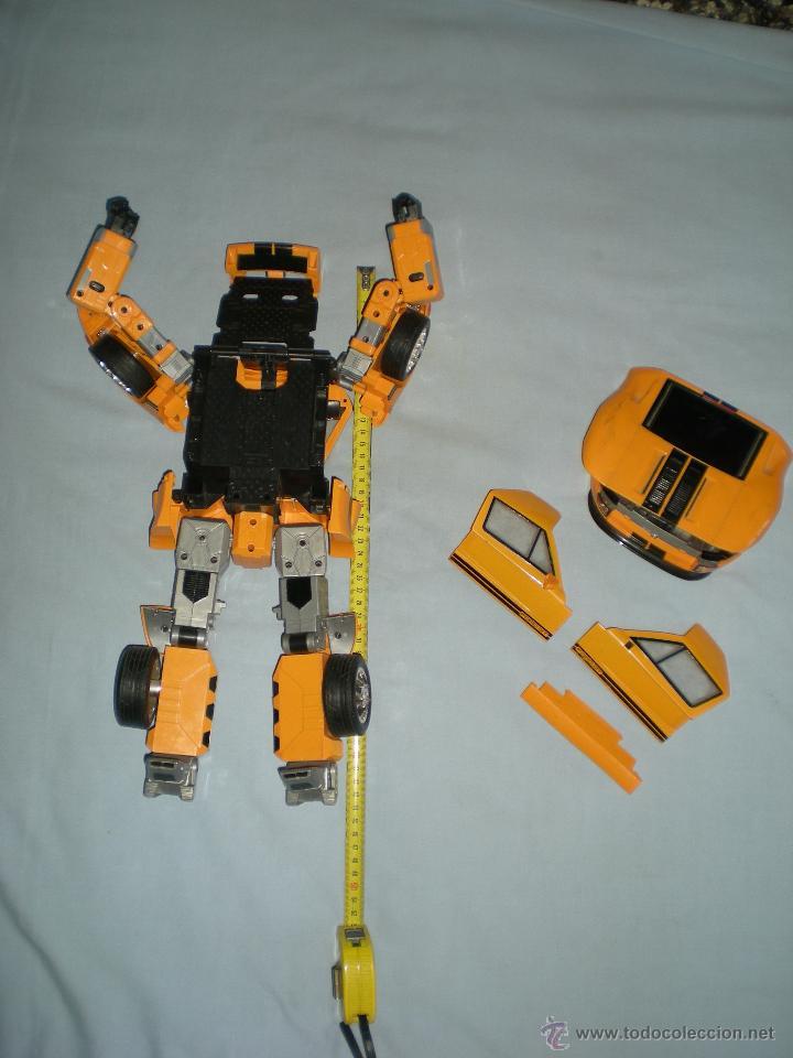 Figuras y Muñecos Transformers: coche grande BUMBLEBEE DE TRANSFORMERS PARA REPARAR O PIEZAS MIRA FOTOS - Foto 13 - 51460523