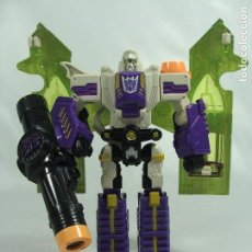 Figuras y Muñecos Transformers: MEGATRON - TRANSFORMERS CLASSICS - HASBRO TAKARA 2006. Lote 121007331