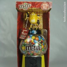 Figuras y Muñecos Transformers: BUMBLEBEE - DISPENSADOR DE M&M - TRANSFORMERS REVENGE OF THE FALLEN - 2009. Lote 121073015