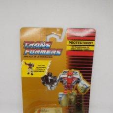 Figuras y Muñecos Transformers: TRANSFORMERS PROTECTOBOT AUTOBOT FIRST AID FURGONETA. ORIGINAL AÑOS 90.. Lote 140808982