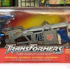 Figuras y Muñecos Transformers: TRANSFORMERS ULTRA MAGNUS ELECTRONICO- HASBRO 2001. Lote 150488854