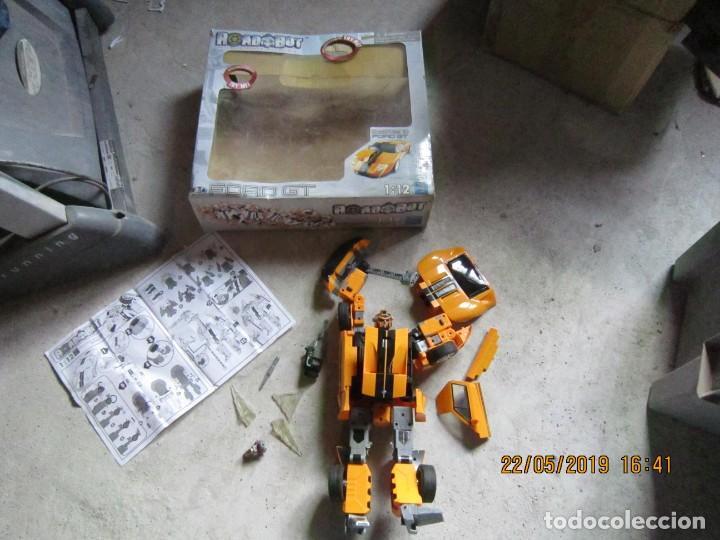 COCHE TRANSFORMABLE EN ROBOT Y VICEVERSA ESCALA 1:12 CON CAJA ORIGINAL. (Juguetes - Figuras de Acción - Transformers)