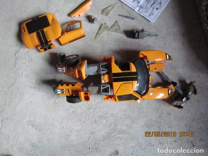Figuras y Muñecos Transformers: COCHE TRANSFORMABLE EN ROBOT Y VICEVERSA ESCALA 1:12 CON CAJA ORIGINAL. - Foto 5 - 165351126