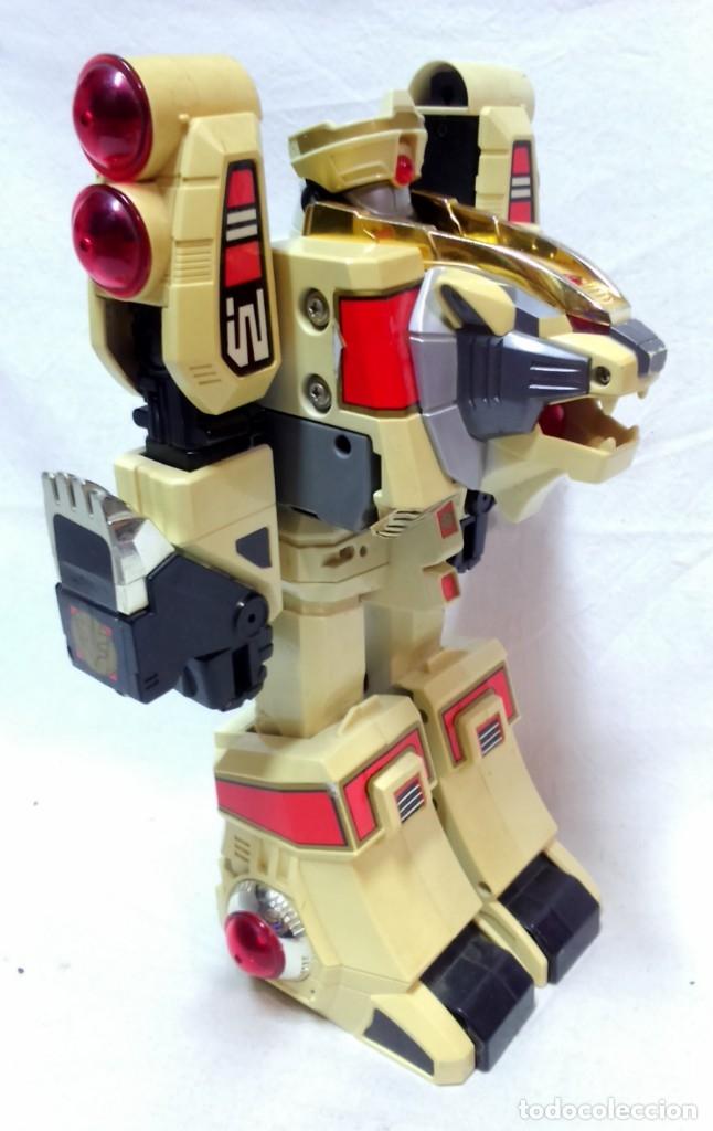 Figuras y Muñecos Transformers: LOTE 5 TRANSFORMERS. EL MAYOR MIDE 28cm DE ALTO. VER DESCRIPCIÓN. - Foto 12 - 172617968