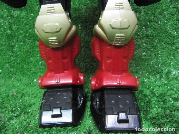 Figuras y Muñecos Transformers: Robot Transformers Luz sonido y movimiento Happy Kid Toy 2008 31CM - Foto 5 - 176171800