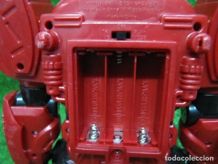 Figuras y Muñecos Transformers: Robot Transformers Luz sonido y movimiento Happy Kid Toy 2008 31CM - Foto 11 - 176171800